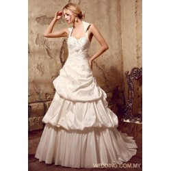 Taffeta Ball Gown Wedding Dress With Appliques On