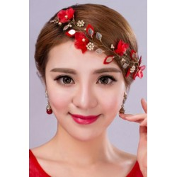 Feminine Red flower jewelry (hair accessory + earring)
